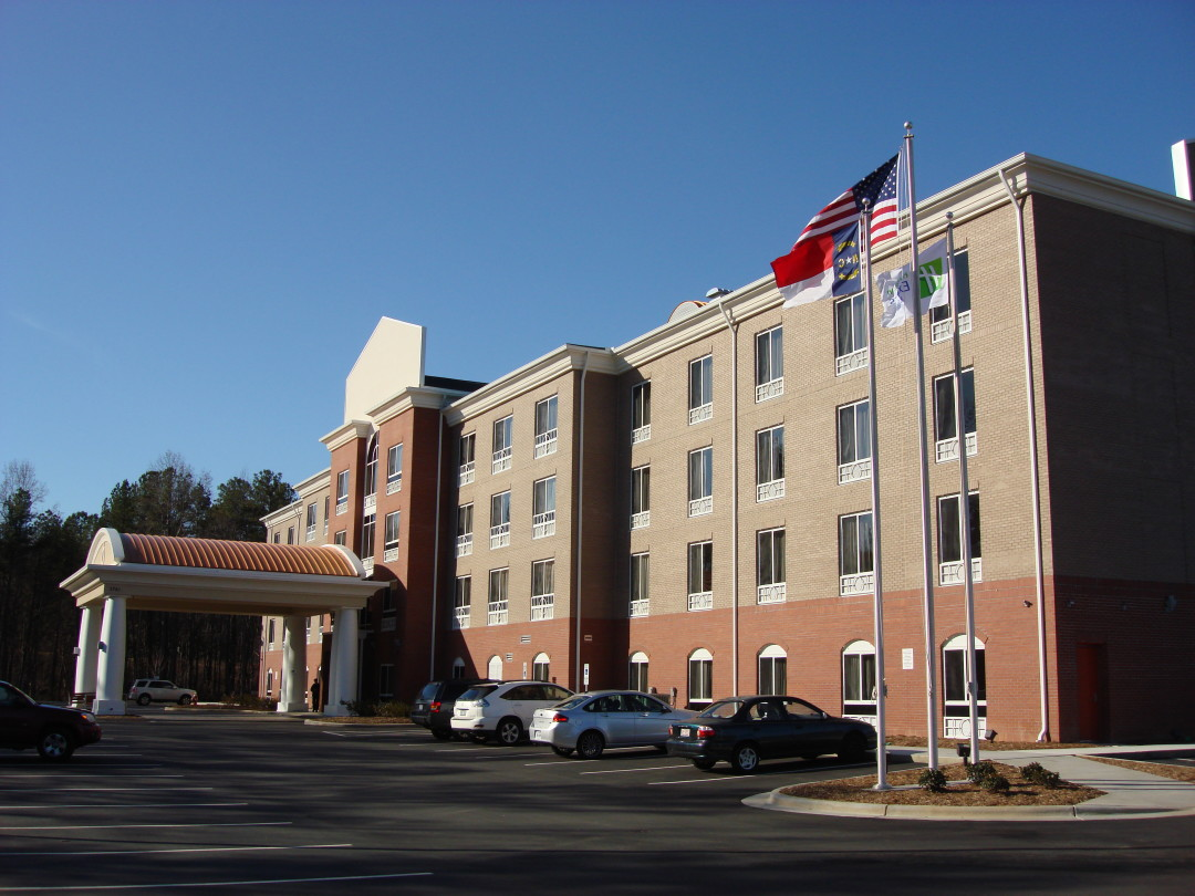 Holiday Inn Express Amp Suites Raleigh Nc Isom Ham
